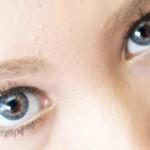 瞳に光を入れる